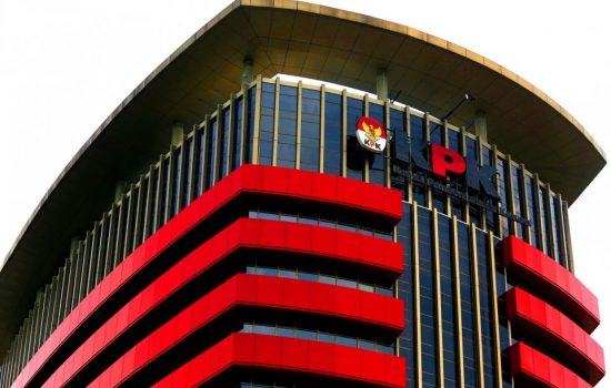 Aksi Pejabat Malut 'Gerogoti' BPD; Minta Dana Kampanye hingga Biaya Berobat ke Luar Negeri