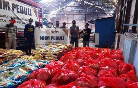 PT NHM Bagi 1.000 Paket Sembako untuk Warga Terdampak Covid-19