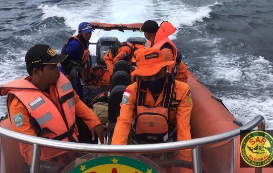 Dua Warga Halsel Jatuh dari Longboat, Satu Dinyatakan Hilang