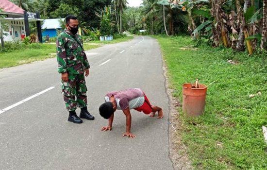TNI dan Pemdes di Morotai Gelar Razia Masker