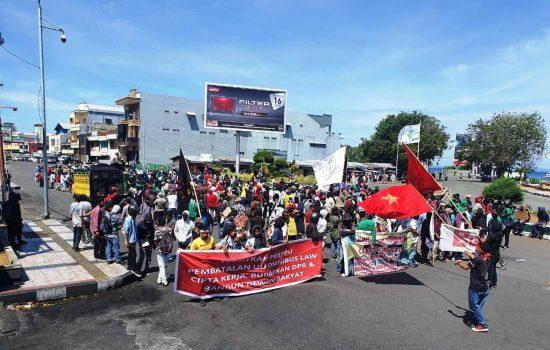 Mahasiswa di Ternate Kembali Demo Tolak Omnibus Law