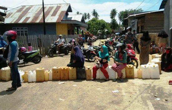 Disperindagkop Morotai Janji Sehari Dua Stok Minyak Tanah Normal Kembali