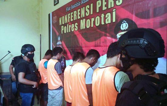 Polisi Bekuk 5 Pencuri di Morotai, Jalankan Aksi saat Tuan Rumah ke Gereja