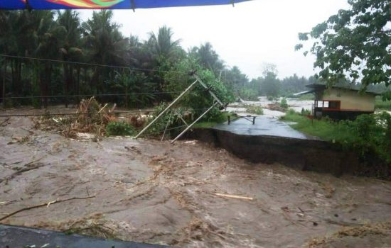 Jalan Penghubung 2 Kecamatan di Halmahera Utara Putus Diterjang Banjir