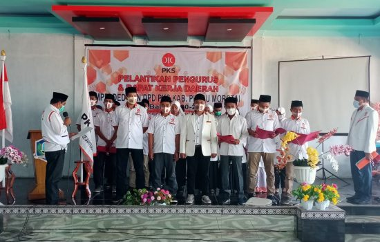 Lantik Pengurus DPD Morotai, PKS Target Tambah Kursi di DPRD