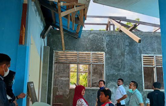 Telan APBN Rp 500 Juta, Proyek Pembangunan SD Inpres Falahu Tidak Selesai